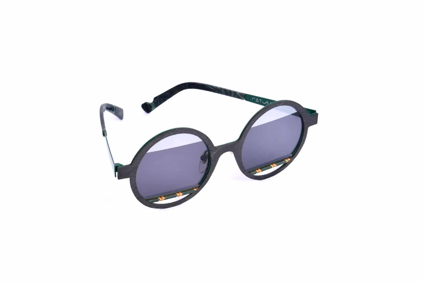 משקפי שמש עמידות - אופטיקה יפעת, אופטומטריסטית מומלצת בנתניה